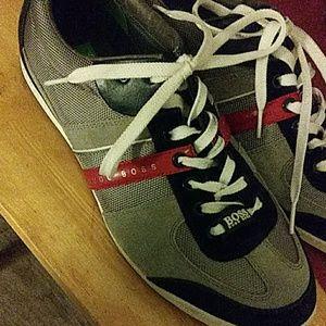 Size 10.5 Hugo Boss tennis shoes(mens).